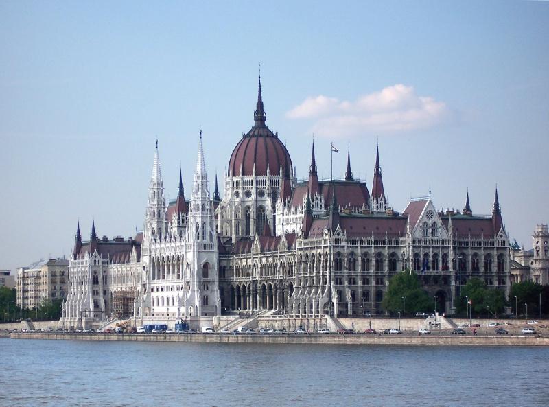 4-parlament